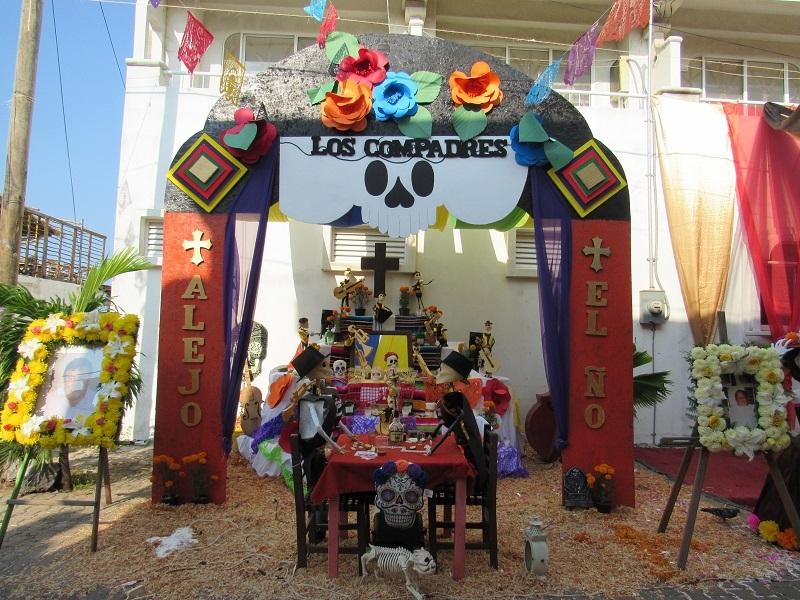 Los Compadres, Barra de Navidad Nov2017